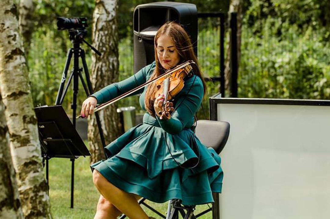 oprawa muzyczna ślubu w plenerze